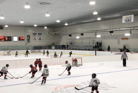 Le retour au hockey mineur se précise