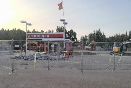 Le poste d'essence Sonerco cède la place à un libre-service avec dépanneur