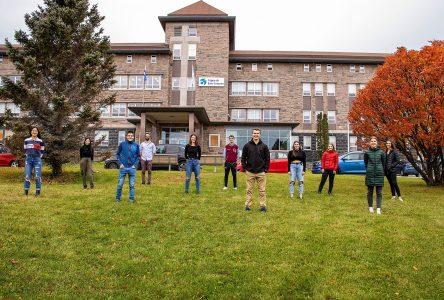 Santé mentale et réussite : les jeunes du cégep de Baie-Comeau veulent restreindre l'accès à la région