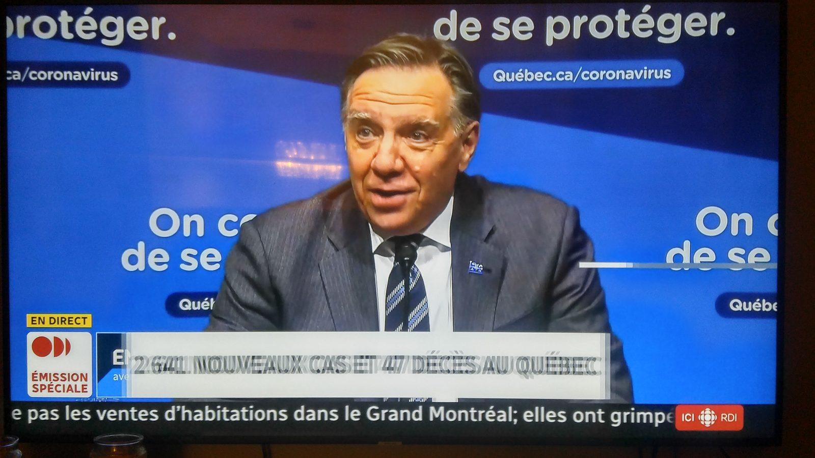 François Legault impose un couvre-feu