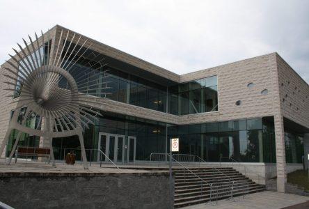 Report et annulations au Centre des arts de Baie-Comeau
