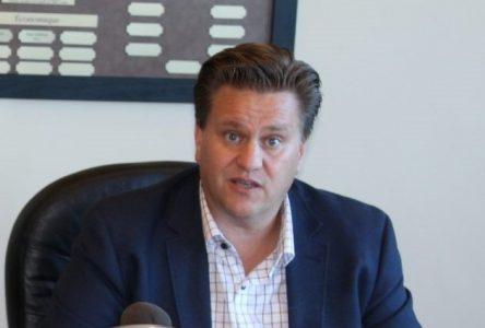 Intimidation des élus : le maire Montigny se fait souhaiter «une bonne tape sur la gueule»